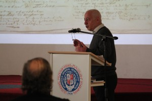 Mr. Khachik Balikjian giving a lecture about the history of the Armenian Church in Amsterdam.